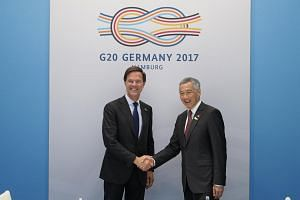 Prime Minister Lee Hsien Loong (right) and Prime Minister of the Netherlands Mark Rutte met on the sidelines of the G20 Summit on 7 July 2017.