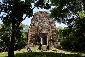 Sambor Prei Kuk temple, in Cambodia's Kampong Thom province, has been added to Unesco's World Heritage list.