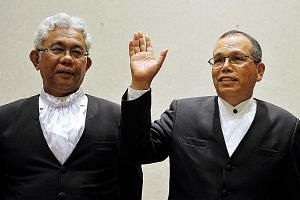 "President of Court of Appeal Zulkefli Ahmad Makinudin (left) and Chief Justice Md Raus Sharif, due to retire in September and August respectively, are being appointed ""additional judges"" to the Federal Court."