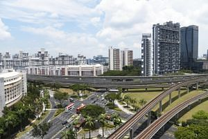 A detailed plan for Jurong Lake District featuring car-lite, innovative urban spaces and a mix of commercial and residential developments will be fleshed out after one of the five shortlisted planning teams is appointed as consultant by January 2017.