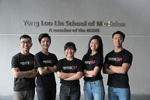 Singapore Polytechnic graduates (from left) Peh Ting Yong, 23, Kimberly Lim, Alicia Yip and Sylvia Phua, all 20, and Foo Yu Wah, 22, scored places in NUS' medical school. Fellow SP graduate Kenny Sung (not pictured), 20, gained admission to NTU's med