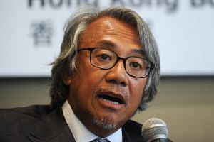 David Tang, who split his time between the Asian financial hub of Hong Kong and London, was well known for his satirical sense of humour as a weekly columnist in the Financial Times weekend edition.
