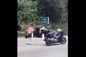 A 23-year-old male motorcyclist  was killed in the accident on Seletar Expressway (SLE) on Sunday (Sept 10) afternoon.