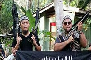 Former lecturer Mahmud Ahmad (left) and former municipal council worker Muhammad Joraimee Awang Raimee were among planners of the attack on Marawi City.