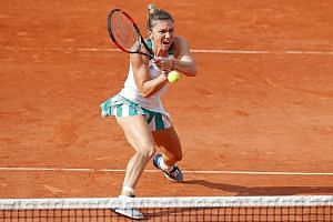 Simona Halep's feat of clay this season has yielded a semi-final appearance and three finals, including victory in Madrid and defeat at the French Open. The Romanian is the only player to have qualified for all four editions of the WTA Finals in Sing
