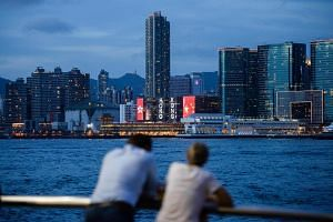 It is no longer possible for Hong Kong to maintain economic growth without involving the mainland.