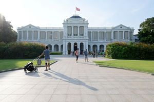 Sri Temasek was designated as the official residence of the prime minister after Singapore's independence. The Guardian of the House statue rests at the head of the grand staircase of the main building. The West Drawing Room. The Istana has become kn