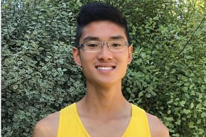 Middle-distance runner Lui Yuan Chow clocked 15min 18.89sec at the Victorian 5,000m Championships in Melbourne on Nov 23, 2017, setting a new Under-20 national record in the men's 5,000m event.