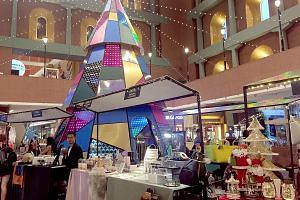 Millenia Walk will feature a different market every week. Festive Market at Gardens by the Bay's Christmas Wonderland. The Sustainable Christmas Market will sell products such as teas, granola and cookies. The Summerhouse Festive Market will be held