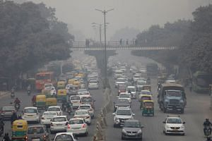 In India, more than 150,000 people are killed each year in traffic accidents.