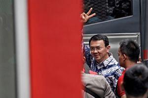 Former Jakarta governor Basuki Tjahaja Purnama arrives at the Cipinang prison in Jakarta, Indonesia, on May 9, 2017.