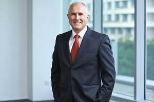 With the cut, Sembcorp Industries' chief executive Neil McGregor took home S$1.14 million in salary and S$521,000 in bonuses for FY2017.