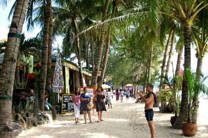The closure will cost the island's tourism sector some 56 billion pesos (S$1.4 billion) if it lasts for a year.
