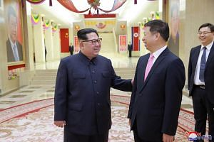 North Korean leader Kim Jong Un personally greeted Song Tao, head of the Chinese Communist Party Central Committee's international department, who was leading an art troupe to attend a spring festival in the North's capital.