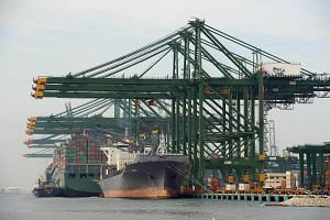 According to the Maritime and Port Authority of Singapore, there are about 1,000 vessels at the Singapore port at any given time.