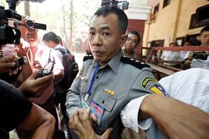 Deputy police major Moe Yan Naing said that he had been questioned about meeting Wa Lone in November and that his superior then set up a sting in which he told others to pass on sensitive security documents.