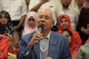 Ousted Malaysian prime minister Najib Razak speaks during a news conference in Kuala Lumpur, Malaysia, on May 12, 2018.