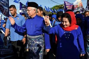 Then Malaysia PM Najib Razak and his wife Rosmah Mansor arriving at the nomination centre in Pekan, Pahang, on April 28, 2018.