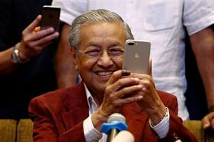 A petition which was addressed to the Nobel Foundation, wants Malaysian Prime Minister Mahathir Mohamad to be nominated for the Nobel Peace Prize for his determination to return to politics at 92.