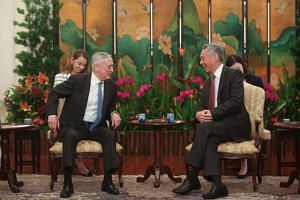 US Secretary of Defence James Mattis (left) calls on Prime Minister Lee Hsien Loong at the Istana on the sidelines of Shangri-La Dialogue on June 1, 2018.