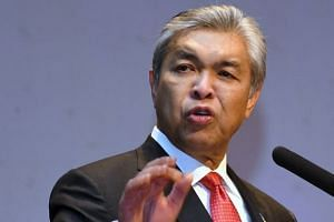 Umno vice-president Ahmad Zahid Hamidi said that the Malaysian Anti-Corruption Commission has frozen the bank accounts of its headquarters and Selangor branch.