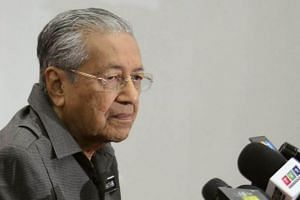 Malaysia's Prime Minister Tun Dr Mahathir Mohamad pointed out that the Pakatan Harapan government now wants to place professionals in GLCs and their salaries would not be very high.
