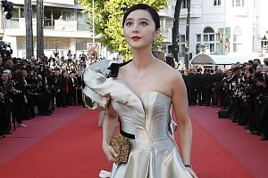 Top Chinese actress Fan Bingbing is alleged to have inked two contracts to avoid paying taxes.
