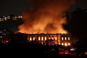 The cause of the fire that broke out at the National Museum of Brazil in Rio de Janeiro was not yet known, according to local media.