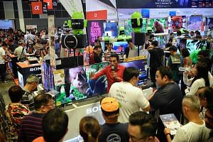 Comex, the four-day tech and consumer electronics fair held at Suntec Singapore convention centre, ended yesterday. Top products included digital televisions, partly because residents are switching from analogue transmission to digital TV, says event