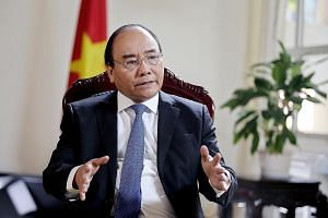Vietnam Prime Minister Nguyen Xuan Phuc says Asean needs to boost integration, trade and investment within the bloc to enhance its economic potential.
