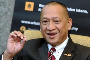 Umno's Padang Rengas MP Datuk Seri Nazri Aziz said he wanted to campaign for Parti Keadilan Rakyat president-elect Anwar Ibrahim as he believed that it is what is best for Umno to pave its return into the government.