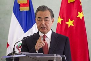 Chinese State Councillor Wang Yi said that China and the United States would only lose if they confronted each other.