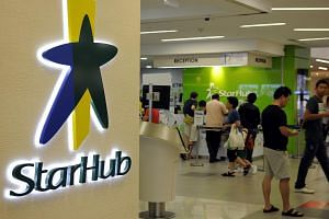 Currently, StarHub has a 26.7 per cent share of the domestic mobile market, compared with 48.1 per cent for Singtel and 25.2 per cent for M1.