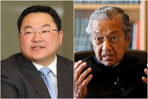 Dr Mahathir Mohamad believed that sabotage within the government was the reason why Jho Low has managed to evade arrest.