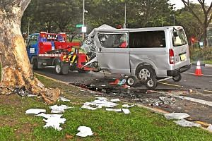 In video footage and pictures of the incident, the silver van is seen with its front severely damaged.