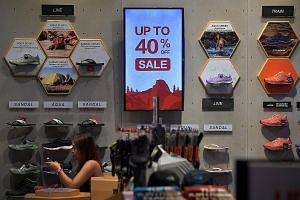 The decline in core inflation came from slower growth in retail prices of items like clothing and shoes, which offset the higher price increases in services, said the MTI and MAS in a joint statement.