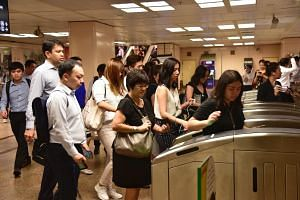 Commuters are charged for their public transport rides in their credit or debit card bill, similar to contactless transactions made at retail merchants.