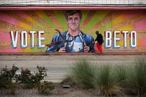 A mural of US Senate candidate Beto O'Rourke in October. Mr O'Rourke's Texas Senate campaign captured the energy of the populist movement, says the writer. Americans are living in a populist era, the writer adds, and the question is who figures out h