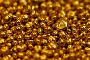 Buyers get physical delivery of the metal only after they have paid enough for 1g of gold, currently worth about 3,200 rupees.