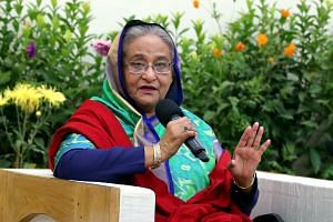 Sheikh Hasina speaking to foreign election observers and journalists in Dhaka, Dec 31, 2018