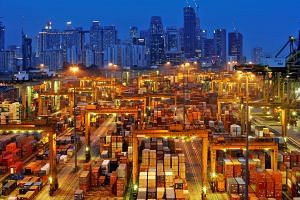 On a quarter-on-quarter seasonally adjusted annualised basis, Singapore's economy expanded at a slower pace of 1.6 per cent in the fourth quarter compared with the 3.5 per cent growth in the previous quarter. As the effect of the trade war starts to