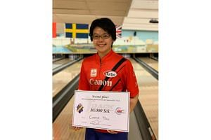Cherie Tan, who had bowled a perfect game in the earlier rounds, had beaten Finland's Teemu Putkisto 223-166 to reach the final.
