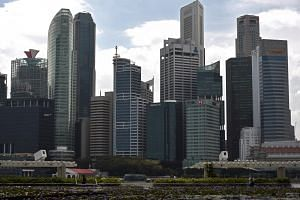 The skyline of Singapore's Central Business District. Among the five sectors, manufacturing and wholesale experienced slight dips in quarter-on-quarter payment performance. In contrast, the construction, services and retail sectors saw improvements.