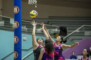 Blaze Dolphins' Lee Pei Shan taking a shot against Sneakers Stingrays in last year's preliminary final. The Dolphins won 47-41 and went on to beat defending champions Mission Mannas 46-41 in the final on May 12, 2018.