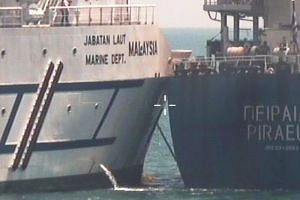 Malaysian vessel Polaris and Greek bulk carrier Pireas collided as the Pireas was on its way from Singapore to its next port of call at Tanjung Pelepas in Johor.