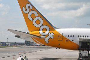 A Scoot flight from Singapore to Taipei on March 24 experienced abnormal cabin pressure during the plane's descent, resulting in the activation of oxygen masks.