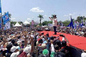 Indonesian presidential candidate Prabowo Subianto speaking at a campaign rally in West Java's Ciamis regency, on April 5, 2019.