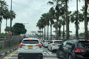 Malaysia's deputy Tourism, Arts and Culture Minister Muhammad Bakhtiar Wan Chik said traffic congestion at checkpoints were reported lately due to school holidays.