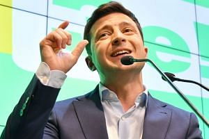 Ukraine's new leader Volodymyr Zelensky will have to deal with Russian President Vladimir Putin, deep economic problems and possibly rebellious elites.