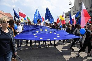 """The 20th Schuman Parade in Warsaw last Saturday was held in honour of Europe Day and had as its motto """"We choose Europe"""". Also known as Schuman Day, it marks the anniversary of the unveiling in 1950 - by then French Foreign Minister Robert Schuman -"""